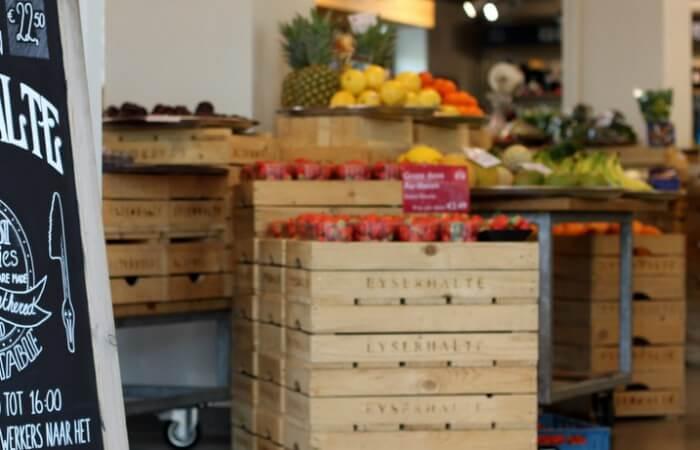 Veel lokale producten bij de Eyserhalte