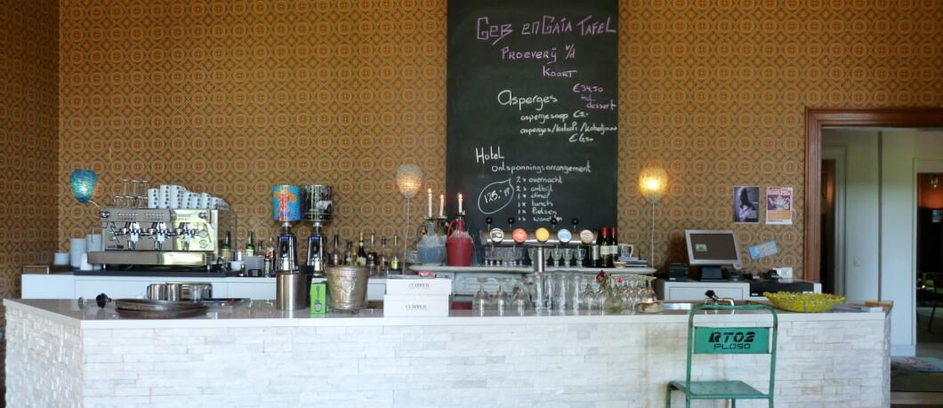 Bar bij hotel Gaia bij Nieuw Rande (foto: Davides.nl)