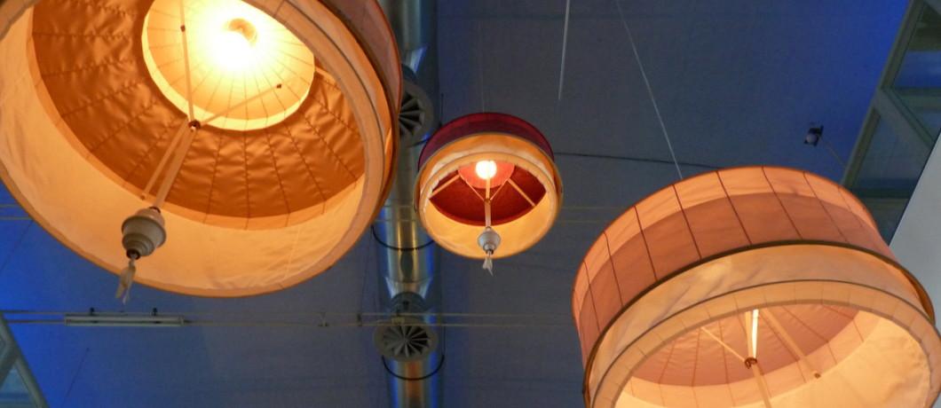 lampen uit alle tijden in de Verkadefabriek