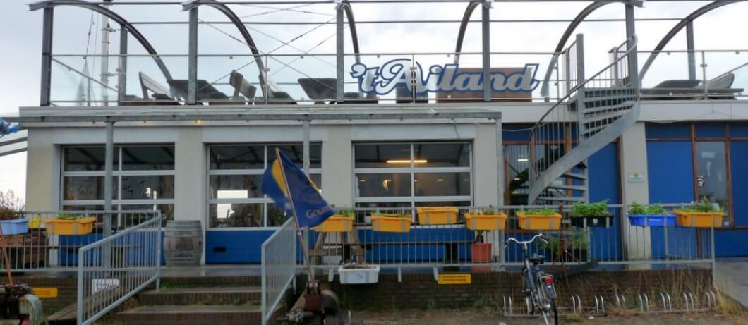 Gevel restaurant 't Ailand in Lauwersoog