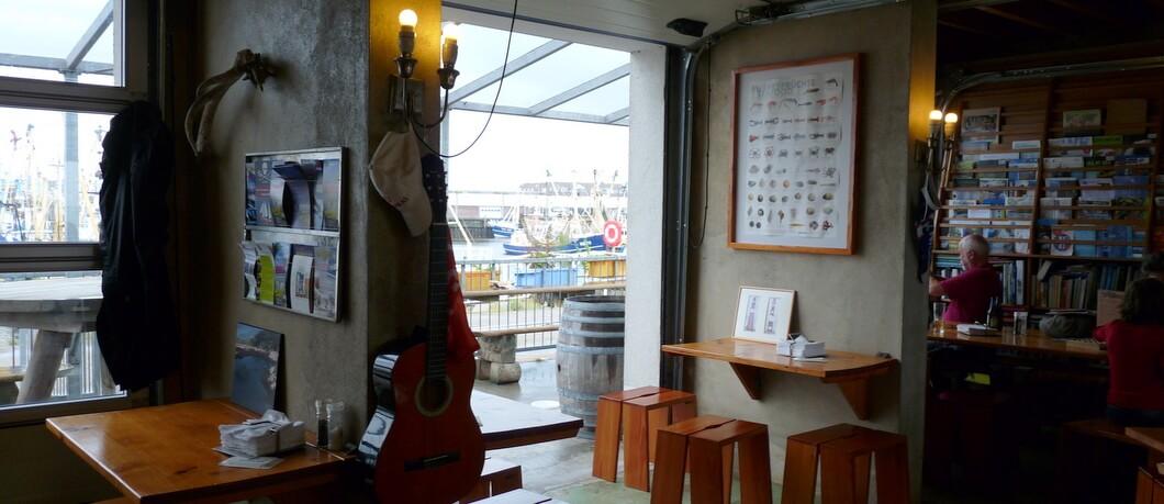 Restaurant 't Ailand in de haven van Lauwersoog