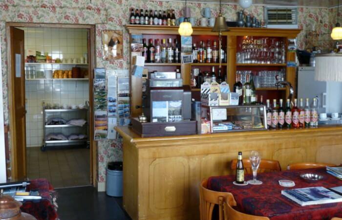 Perzische kleedjes in bruin café 't Zielhoes