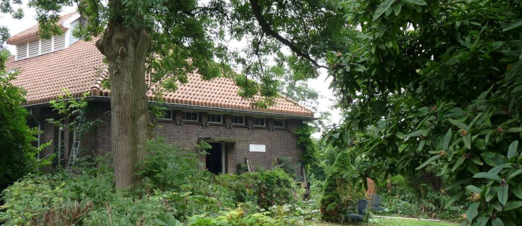 Woonhuis annex atelier op het Quarantaineterrein woonhuis