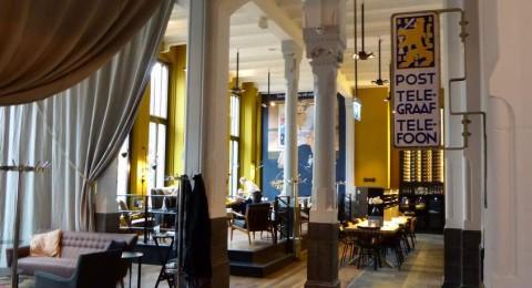 Interieur van Grand Café Post-Plaza