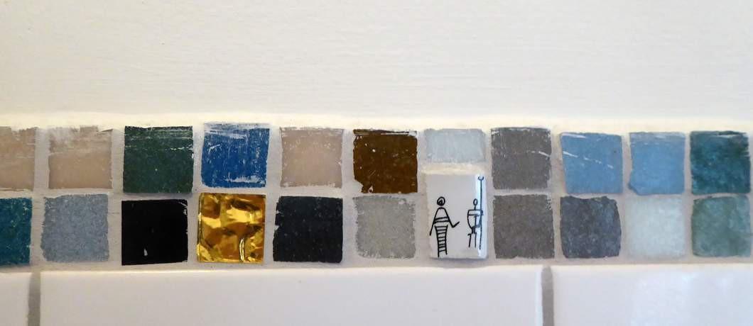 Ook de badkamertegels zijn kunst bij B&B Bij Bakx