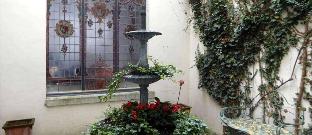 Binnenplaats Atelier Pauline in Maastricht