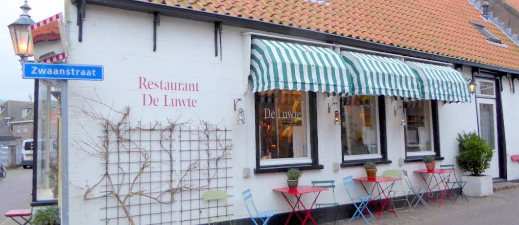Zijgevel restaurant De Luwte in Den Burg op Texel