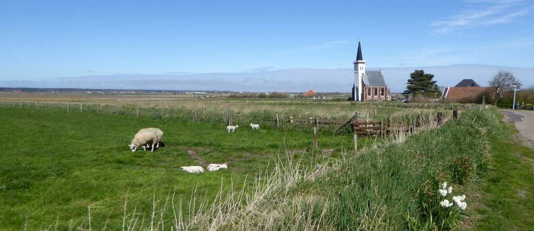 De kerk van Den Hoorn in de velden