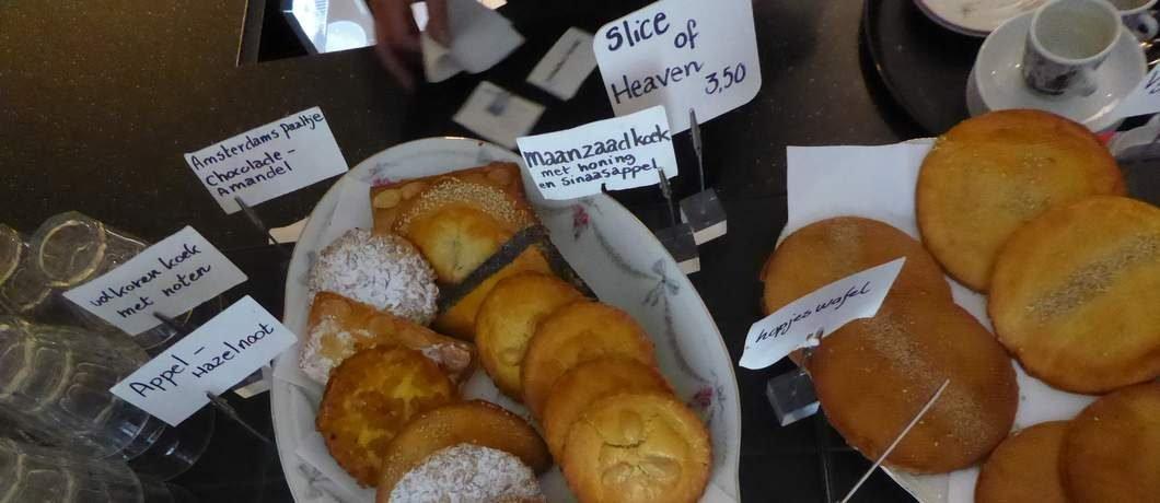 Historische koeken in het museumcafé van het Cromhouthuis