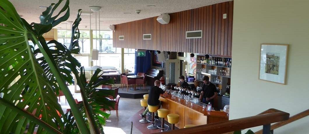 Retro bar van Pension Homeland
