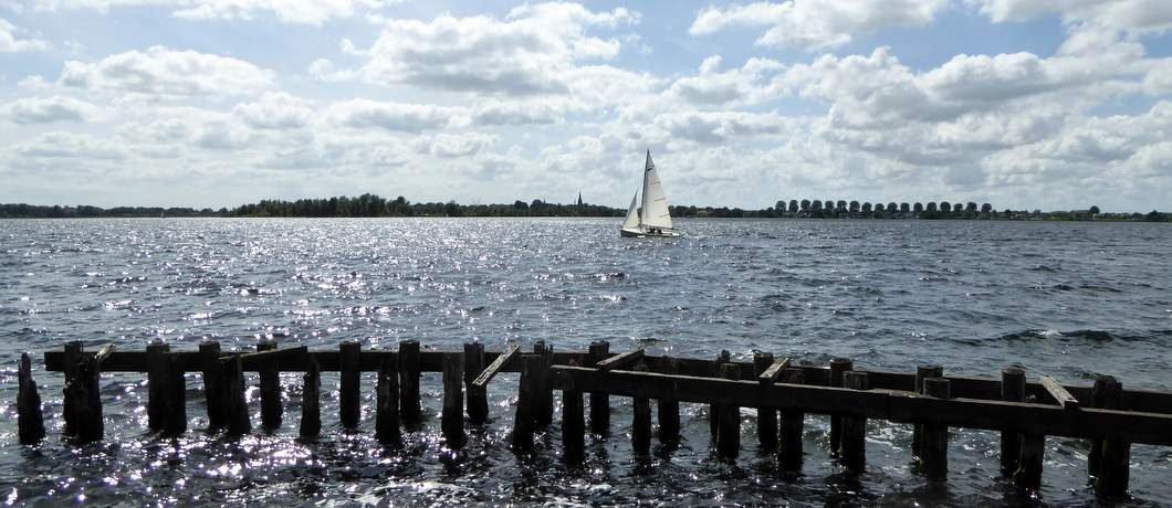 zeilboot-spiegelplas-wandelen-ankeveense-plassen-davides