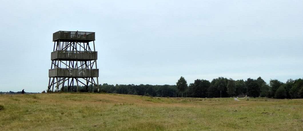 Uitkijktoren op het Aekingerzand