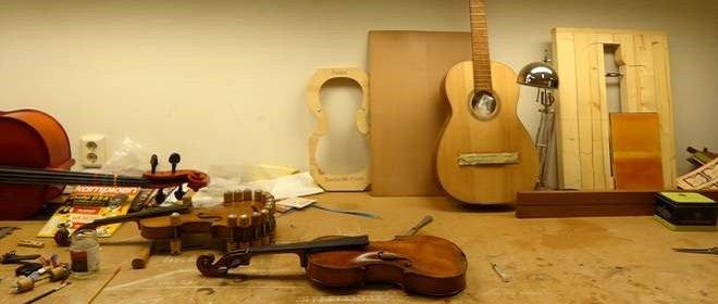 De Luthiers maken snaarinstrumenten en hebben een leuke B&B midden in het historische deel van Dordrecht