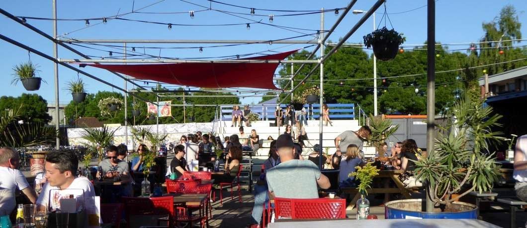 zomer-terras-tonton-club-west-davides