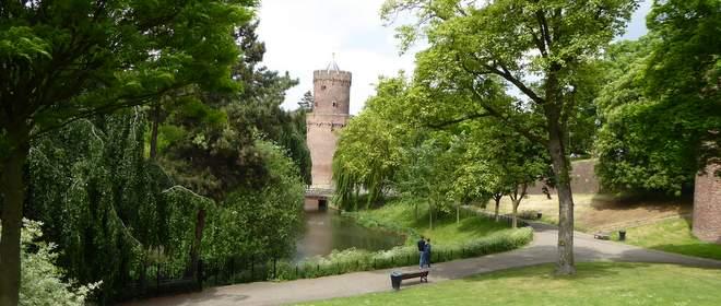 Kruittoren in het Kronenbrugerpark.