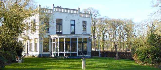 Landhuis De Jufferen Lunsingh in Westervelde: slapen, eten en de romantiek van oud geld