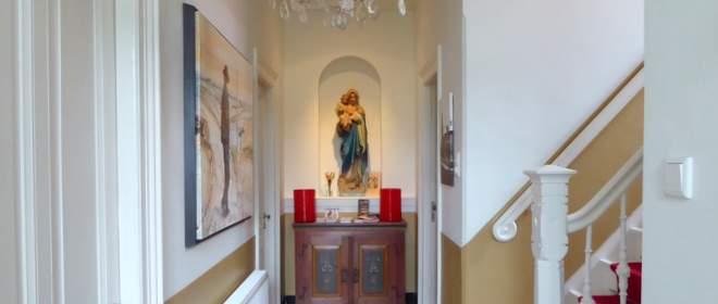 Mariabeeld in B&B Pastorie Marie op Texel