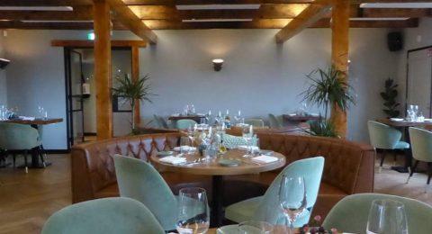 Interieur van restaurant Nova