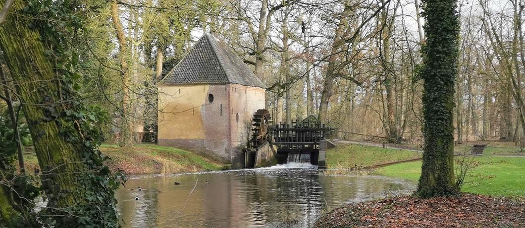 Watermolen op landgoed Hackfort in de Achterhoek