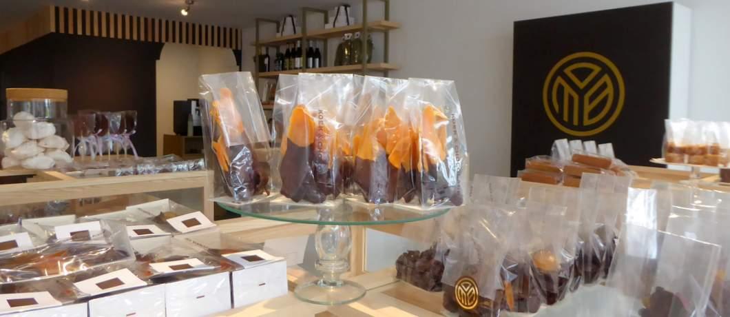 handgemaakte-gekonfijte-mango-koek-en-chocolade-laren-davides