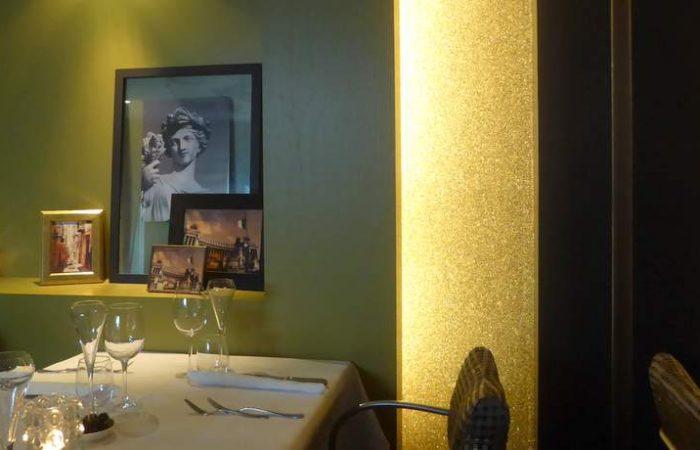 Interieur met Italiaanse accenten in restaurant Verso in Enschede
